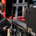 Vorführung korrekter Ladungssicherung auf einem Auflieger